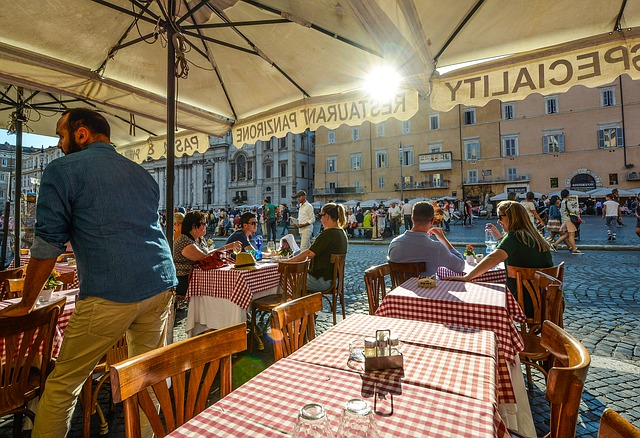 Comer en Italia: diferencia entre ristorante, trattoria, osteria