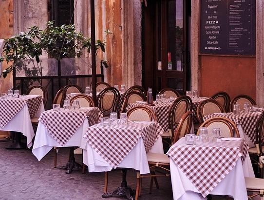 Frases útiles para viajar a Italia - En el restaurante